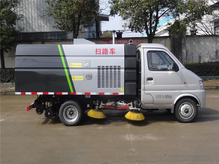 国六长安后双轮汽油发动机小型扫路车图片