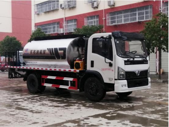 国六东风5吨沥青撒布车(智能型)东风沥青洒布车图片
