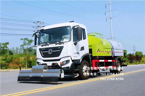 东风天锦8~10方高压路面多功能清洗车作业效果展示
