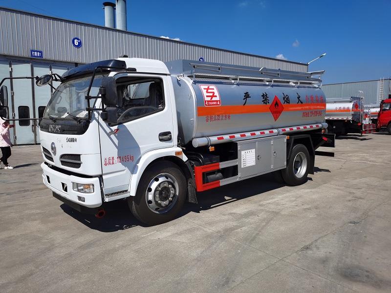 东风福瑞卡 8.72方油罐车 厂家直销 现车 厂家直销 视频