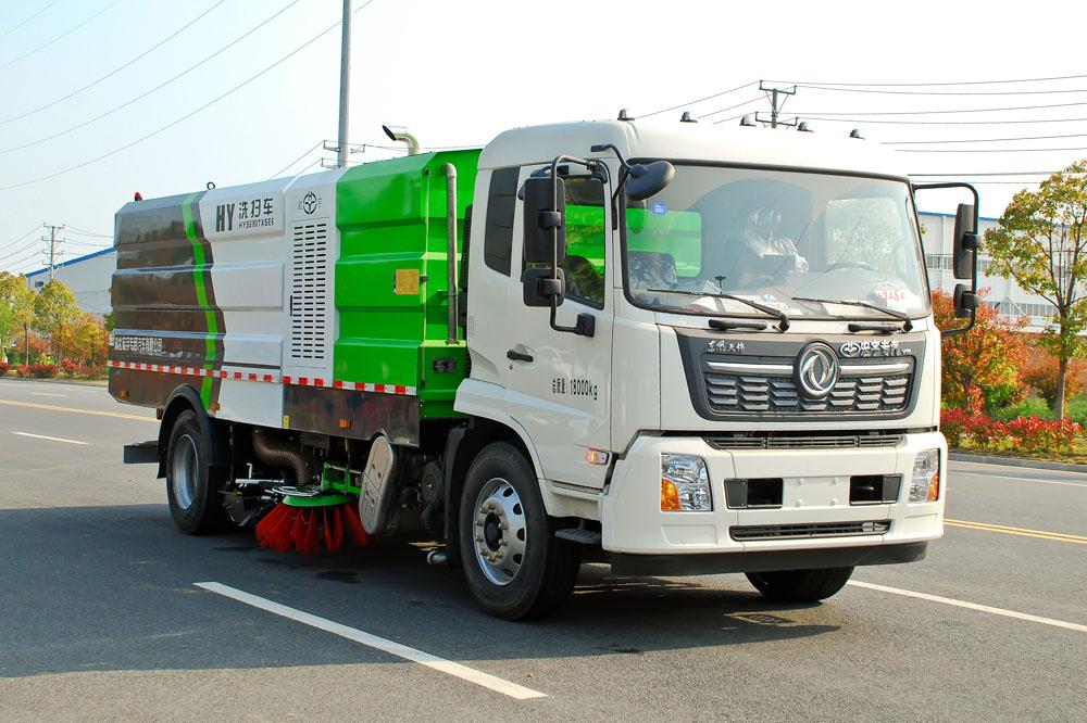国六东风天锦18吨洗扫车图片