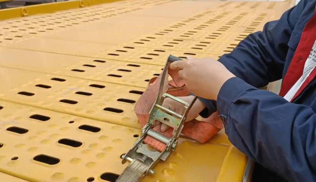 清障车厂家绑带(紧绳器)使用方法专业讲解视频